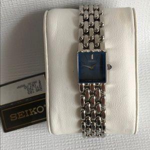 Seikowomen's watch Silver New